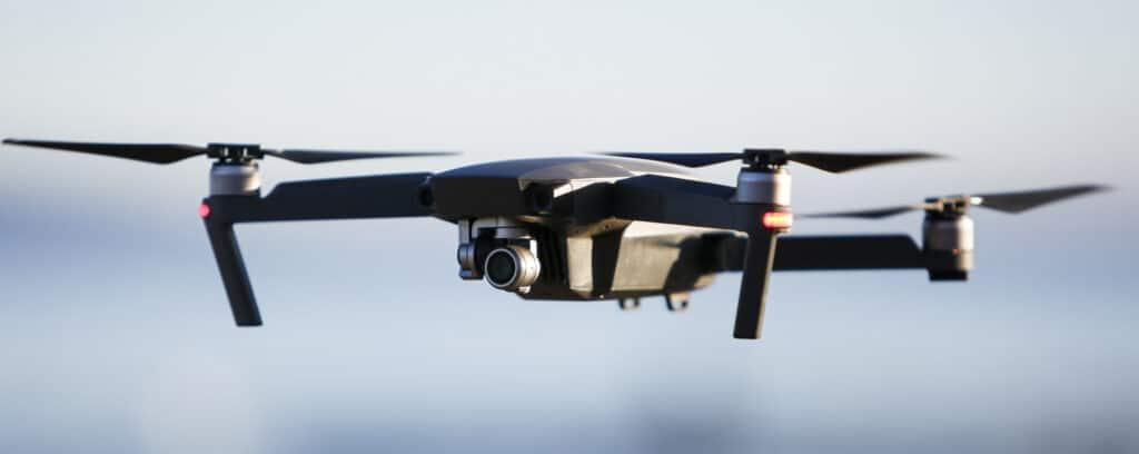 Drone ( vu du ciel, basse altitude et moyenne altitude, photographie, vidéo )