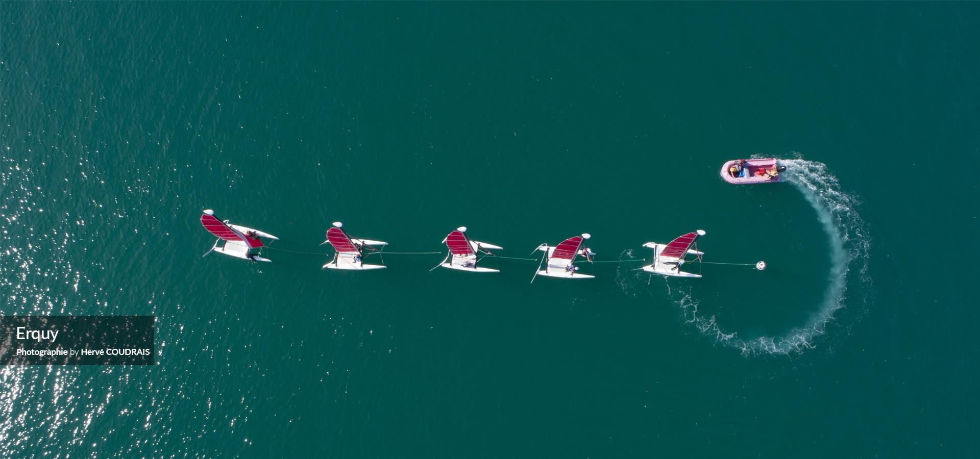 Erquy, l'école de voile, catamaran, le port d'Erquy, Côtes d'Armor, Bretagne, drone, tourisme, vu du ciel,