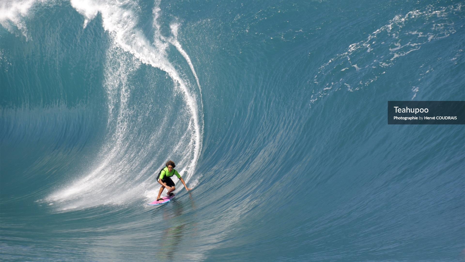Photographie Hervé Coudrais, surf, vagues géantes, Teahupoo, Tahiti, Polynésie, Polynésie française